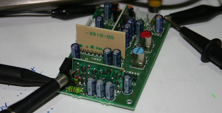 Kenwood TS850 modification for an outboard receiver